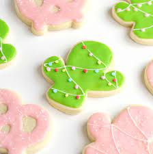 Here is the full printable version of my first royal icing recipe (without meringue powder), made using fresh egg whites. Easy Sugar Cookie Icing Recipe Without Eggs
