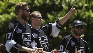 flyers kings richards report ex flyers captain in drug drama at canadian border
