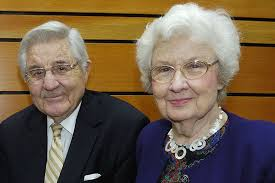 Ida Friday, UNC's first lady, dies at 97 - UNC Gillings School of Global  Public Health