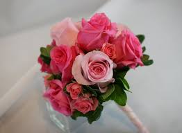 Small Bridal Bouquets Roses
