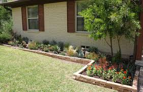... Exciting Green Rectangle Rustic Grass Flower Beds In Front Of House  Decorative Red Flowers ...