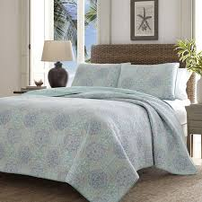 Tommy Bahama Bedding Wharton Landing Quilt Set by Tommy Bahama
