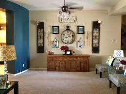 Interesting Retro Wall Decor For Diy Decoration Of Entryway Foyer Design