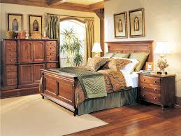 Mennonite Bedroom Furniture Durham Furniture Savile Row Triple Dresser In Victorian Mahogany