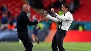 "90s Football على تويتر: ""Roberto Mancini and Gianluca Vialli.… """