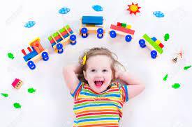 cách chọn đồ chơi cho bé 2 đến 3 tuổi khoa học