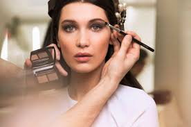 autumn winter beauty trends you can rock this year end