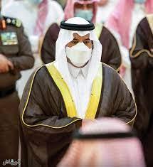 جريدة الرياض | أمير الرياض بالنيابة يؤدي صلاة الميت على الأميرة دلال بنت  سعود بن عبدالعزيز