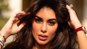 """ياسمين صبري تكشف حقيقة حسابها في """"فيسبوك"""" - RT Arabic"""