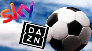 Sky e Dazn gratis via Whatsapp: con la truffa IPTV si può