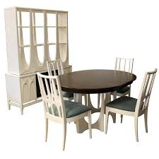 Broyhill Dining Table Recompileco