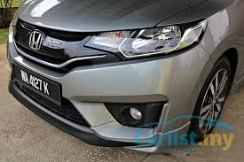 2018 honda jazz 1 5 v cvt. modren 2018 the jazz 15 v hopes to make a good enough case that justifies  premium and attempt meld practicality with desirability as deftly it can on 2018 honda jazz 1 5 v cvt n