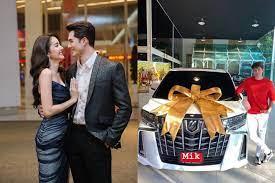 มิกค์ ทองระย้า ควักเงินเก็บหลายล้านถอยรถหรูคันใหม่ แฟนๆแซวขาดตุ๊กตาหน้ารถ -  โพสต์ทูเดย์ ข่าวบันเทิง