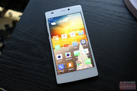 Hands-On With The Blu Vivo IV, Blu's ...