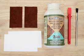 picture of using leather glue