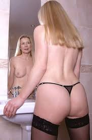 Hot naked 40 year old women