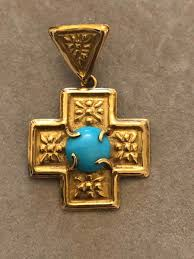 yellow gold pendant turquoise