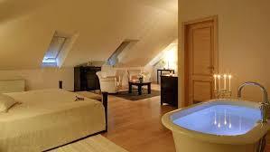 bathtub in bedroom hotels with bathtub in bedroom hotels with bathtub in bedroom delhi bathtub in bedroom