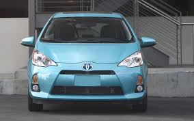 2012 Toyota Prius c - Information and photos - MOMENTcar