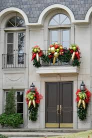 front door decoration30 Spectacular Front Door Decoration Ideas for Christmas and