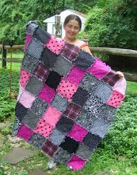 kids can make a rag quilt, making a rag quilt, learn how to make a ... & Samantha makes a beautiful pink black and white raggedy quilt Adamdwight.com