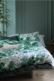 palm leaf bedding leaf patterned duvet cover set green home all hm palm leaf bedding primark