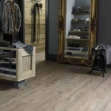 karndean van gogh vgw82t distressed oak luxury vinyl tile 26 95m2