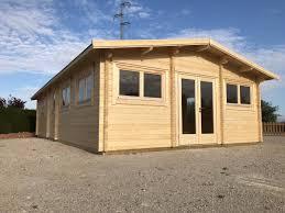 Großes Holzhaus Valencia Mit Zwei Schlafzimmern 60m2 11 X 6 M