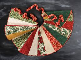 Quilted Christmas Tree Skirt Pattern Cool Decorating Ideas
