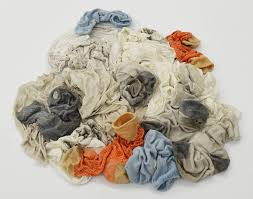 artist of the week lauren taylor lvl media clothes pile
