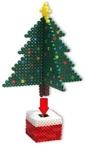 DIY Noël  Sapin Et Cadeau En Perles HAMA  Perler Beads Christmas Perler Beads Christmas Tree