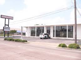 image great rug company fondren houston rd tx showroom property for lease on loopnet carpet furniture s in lewis louis shanks area rugs sugar