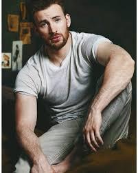"""ChrisEvans - Chris Evans (@cevanstime) on Instagram: """"So handsome ❤. # chrisevans #captianameric…   Chris evans tumblr, Chris evans hot, Chris  evans captain america"""