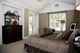 nice bedroom arrangement. decorate a dresser with tv | bedroom as tv stand. love the nice arrangement s