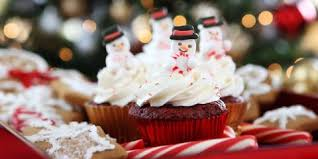 Cupcake Ideas For Bake Sale 34 Easy Christmas Cupcakes Best Recipes For Holiday Cupcakes