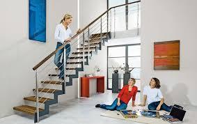 Hier die besten tipps, wo sie ihr zeug verschwinden lassen. Treppenplanung So Geht Es Sicher Aufwarts Bautipps De