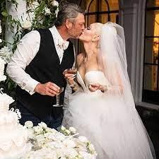 See Blake Shelton and Gwen Stefani's ...