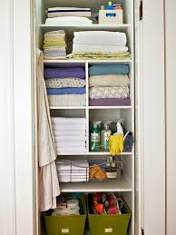 original baer linen closet after s3x4