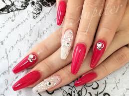 赤 白 ネイル シンプル