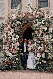 The couple were due to tie the knot at the queen reveals her delight at attending princess beatrice's wedding with prince philip by her side as prince andrew's daughter marries edoardo. Princess Beatrice Daughter Of Prince Andrew Releases Photos Of Her Private Wedding Cbs46 Com