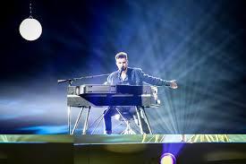 Winnaar Eurovisiesongfestival Vraagt Ikea Om Duncån Lamp Op De Markt