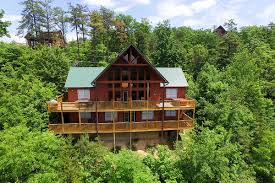 all of our five bedroom al cabins are located minutes from gatlinburg pigeon forge and the great smoky mounns national park