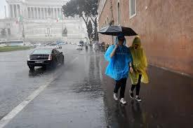 Allerta meteo Roma 15 giugno: torna il maltempo, in arrivo pioggia e  temporali