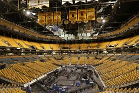 td garden preparing for concert concert stage set up concert set up at td