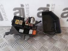 car fuses fuse boxes for toyota toyota yaris 1 3 vvti petrol 2002 under bonnet fuse box