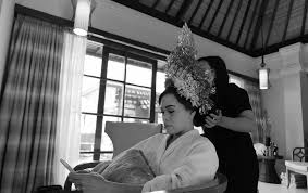 Shari and Curran Balinese Blessing Ceremony at Hilton Bali Nusa Dua