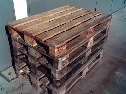 Ein hochbeet aus paletten zu bauen ist ganz einfach. Palettenmobel Aus Europaletten Selber Bauen Baubeaver