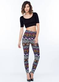 What To Wear With Patterned Leggings Cool Decorating