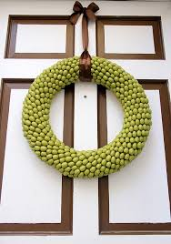 front door wreath115 Cool Fall Wreath Ideas  Shelterness