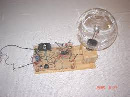 plasma globe power supply construction this is our 1st plasma globe power supply it uses a flyback from an old tv pre 1970 s and a well known single or dual push pull transistor circuit
